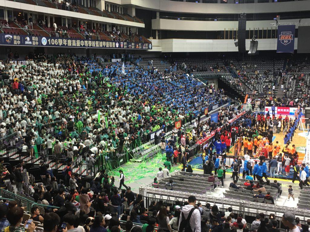 近年HBL風潮盛行,於台北小巨蛋舉辦的總冠軍賽每年更吸引上萬名球迷到場觀賽,場面十分轟動。 圖/蔡明衡攝